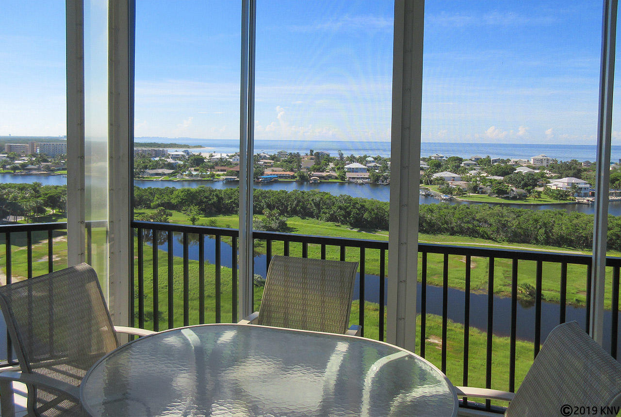 Penthouse View from Waterside H6