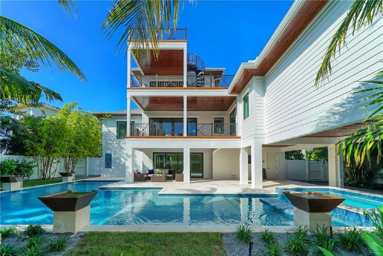 Seascape Longboat Key 4 Bedroom Vacation Home With Pool Steps To The Beach 143256 Find Rentals