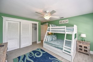 Twin over Full Bunk Bed with Twin Bed Trundle Pull Out