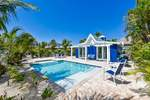 Siesta Key cottage rental with large pool and patio area 2 bedrooms sleeps 8