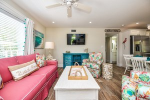 Bright and Fun Living Space with HDTV and Seating
