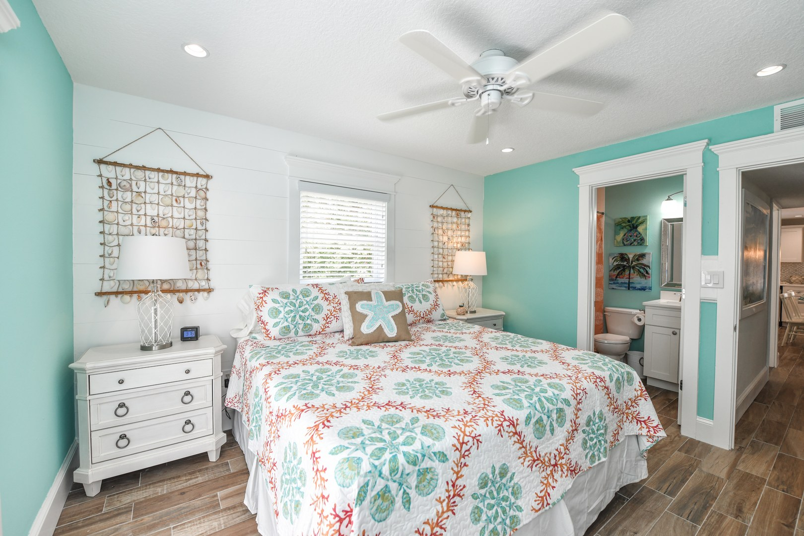 Master Bedroom - King Bed and Private Bathroom