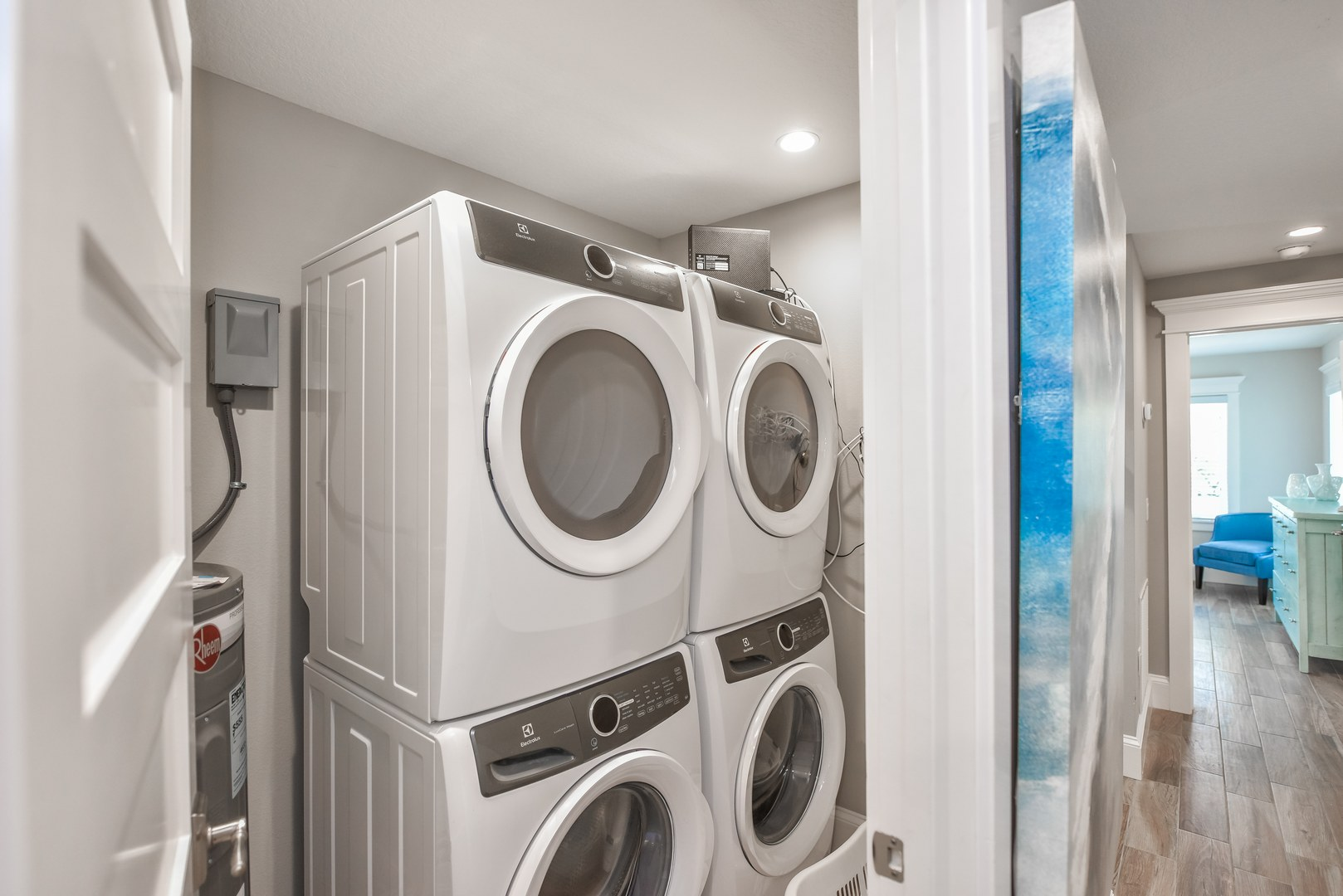 2 Sets of Washers and Dryers