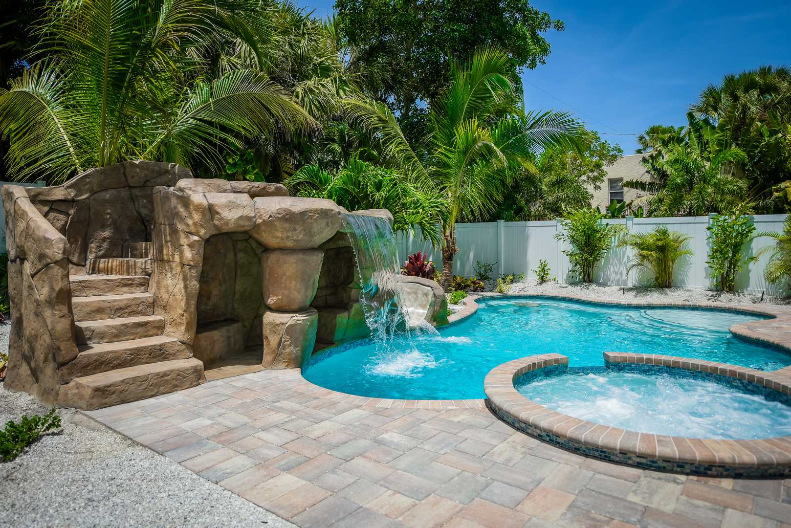 Amazing Resort Style Pool - Your Whole Family will Love it