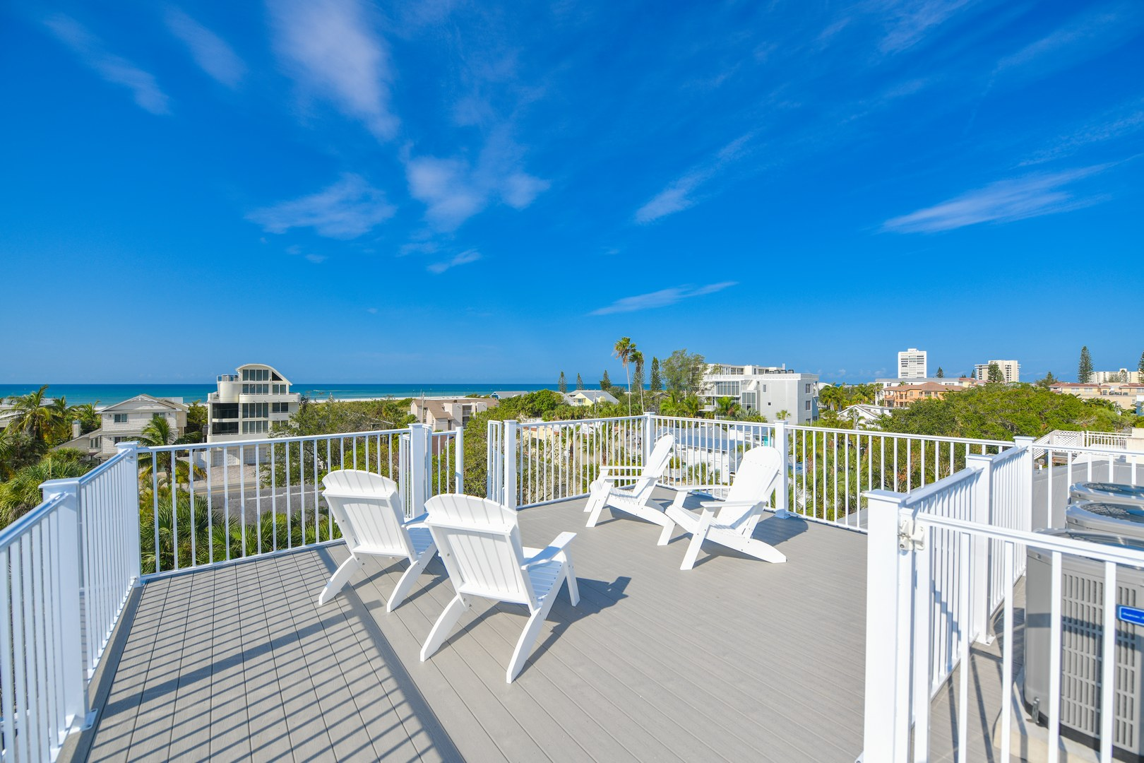 Roof Top Deck - Awesome Sunset, Gulf, and Beach Views