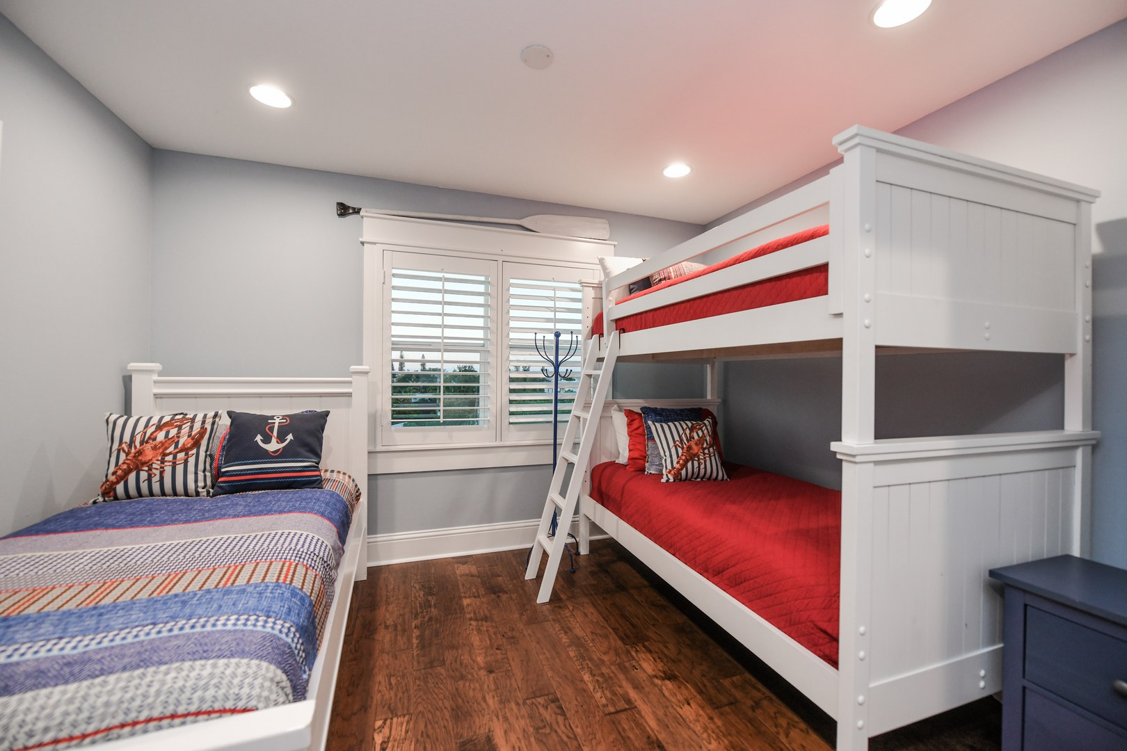 Bunk Room - Twin Bunks and Twin Bed w/ Pull out Twin Trundle