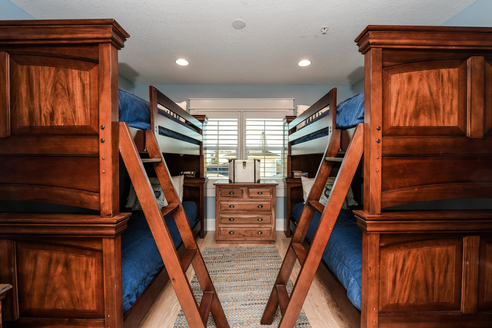 2nd Bunk Room - 2 Sets of Twin Bunk Beds
