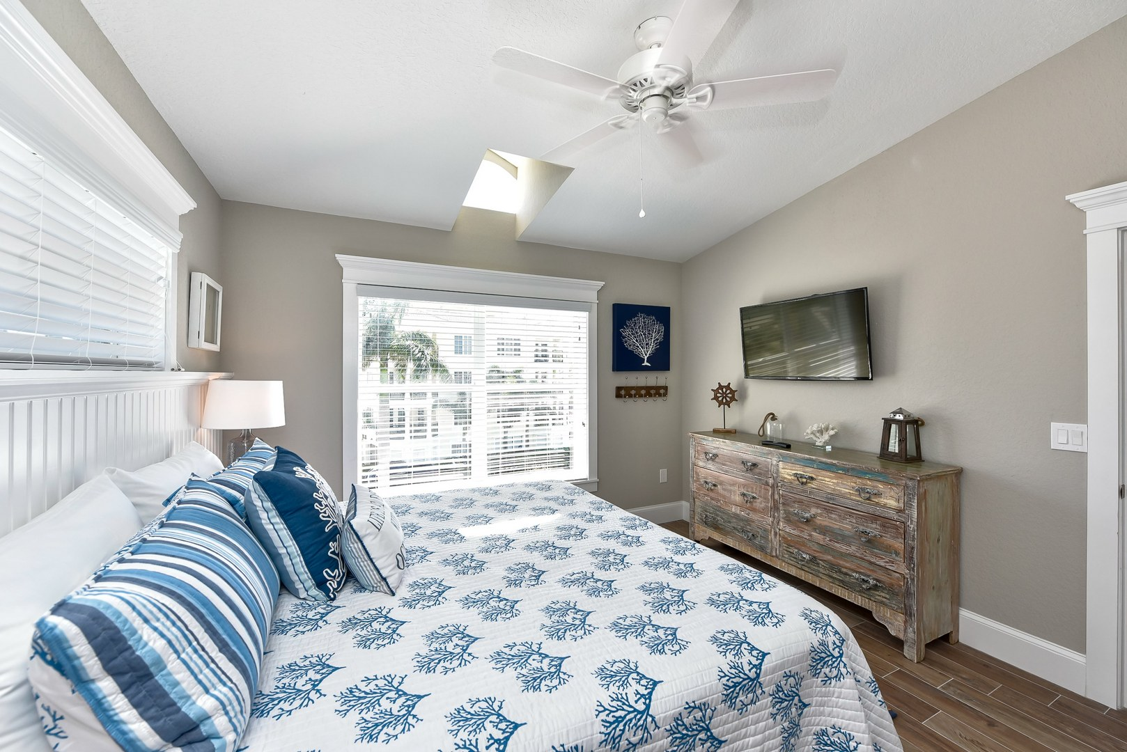 EXAMPLE - Bedroom 2 - King bed