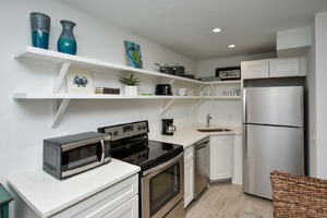 Gorgeous newly Remodeled Kitchen