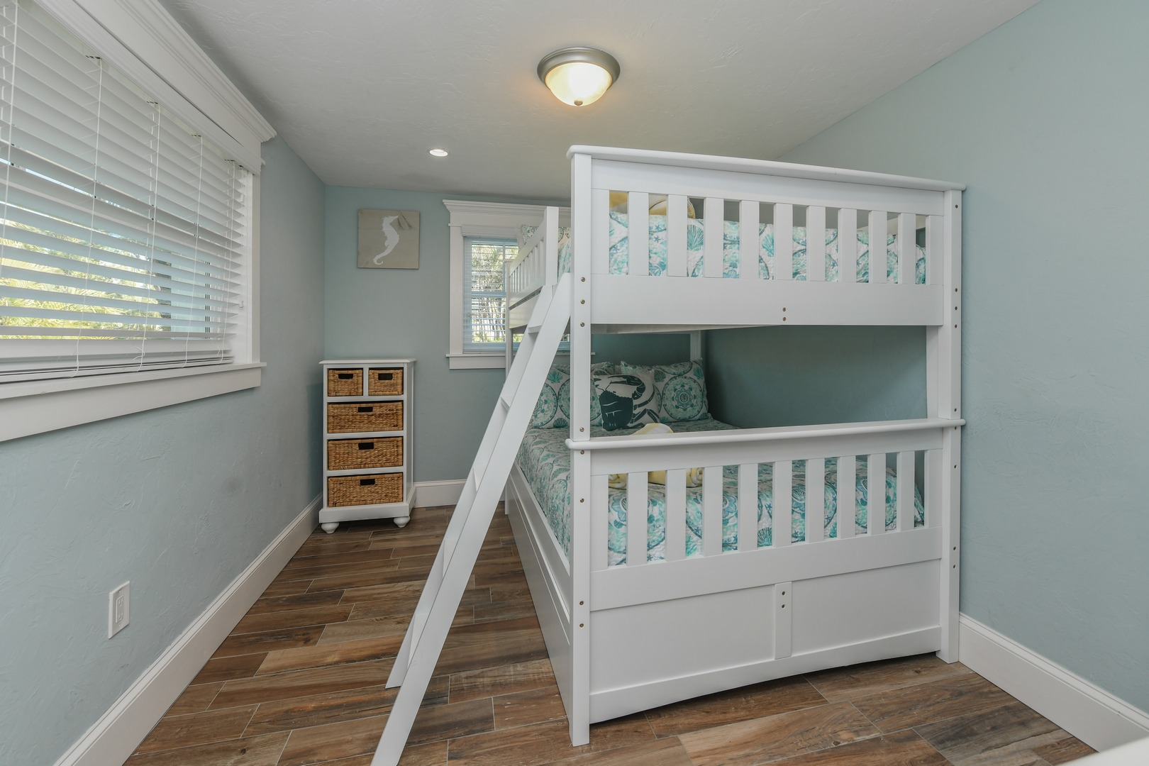 Full Bed is perfect for Adults, Teens, or Children