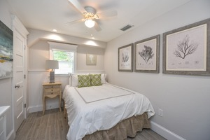 Queen Bed with Upgraded Linens and Mattress
