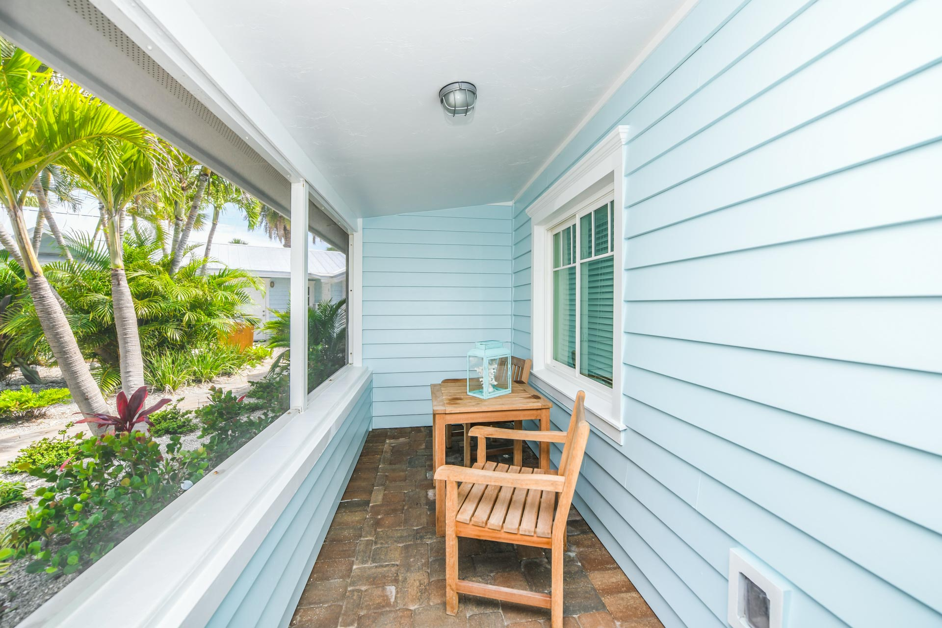 Private Screened Porch for this Beautiful Beach Bungalow