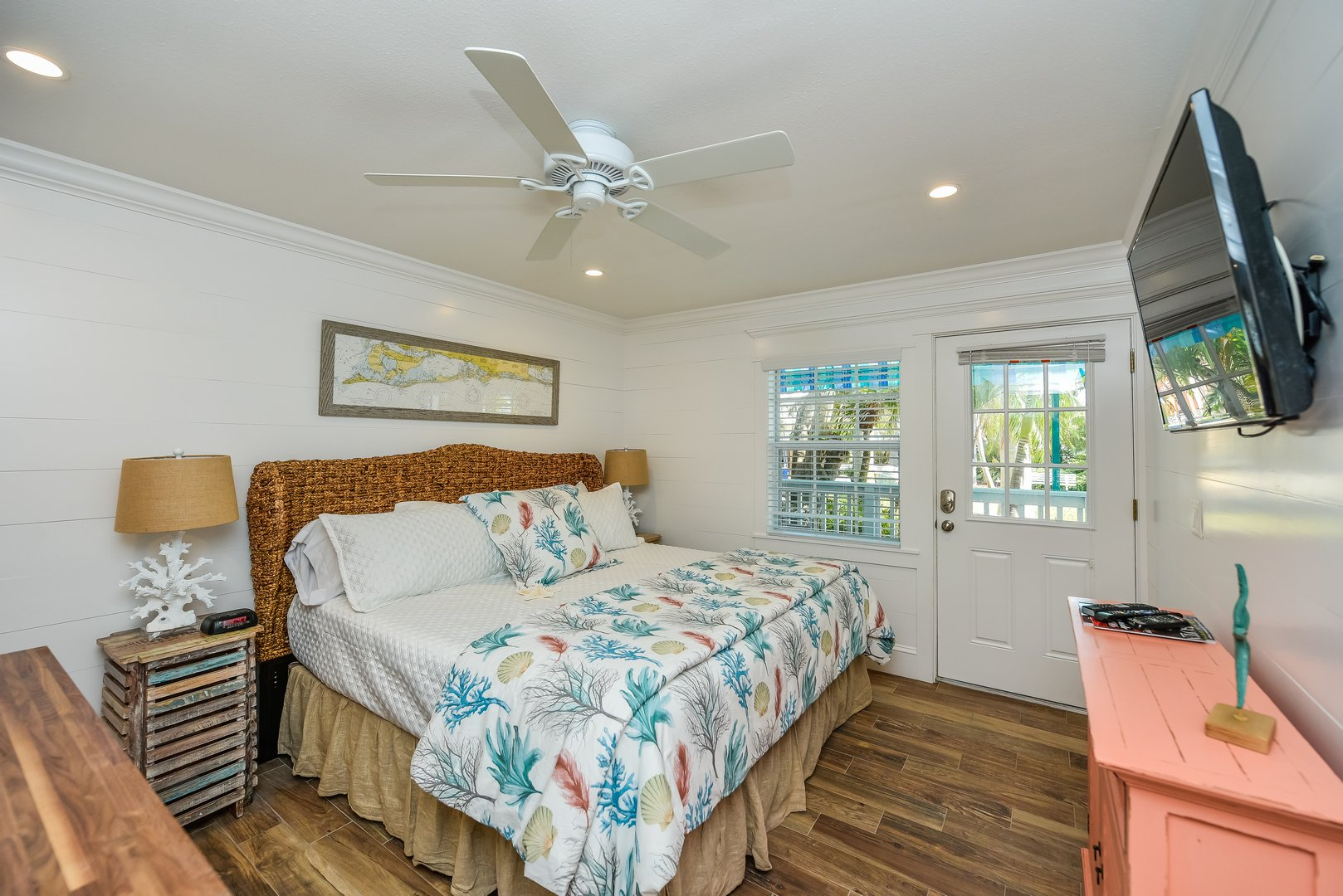 King-Sized Bedroom Overview