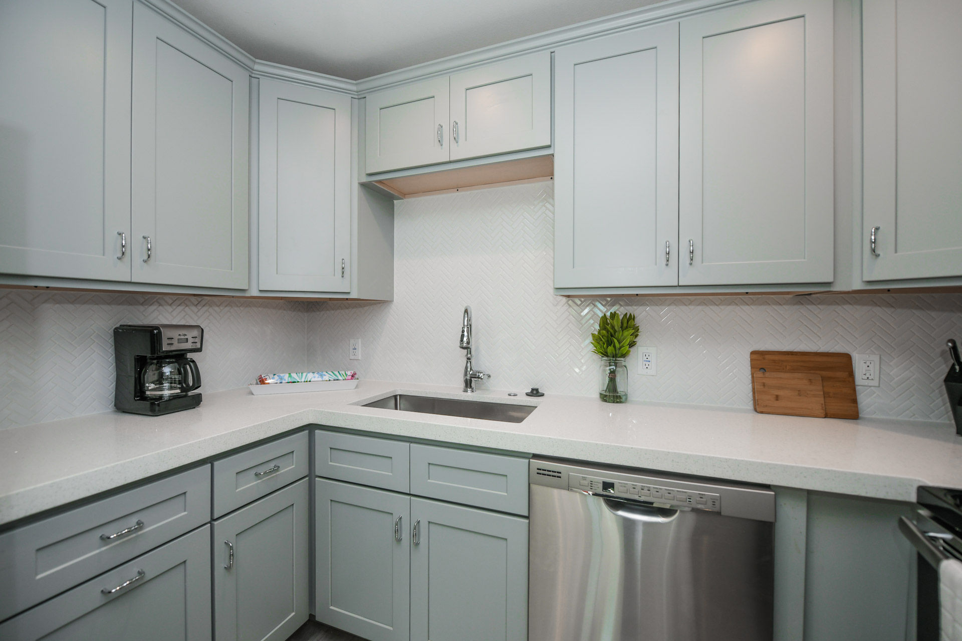Large Kitchen Counter top space