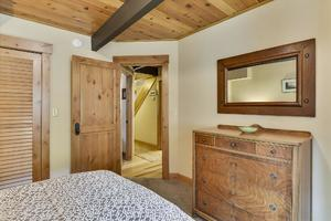 Lower/Entry Level,Bedroom2,