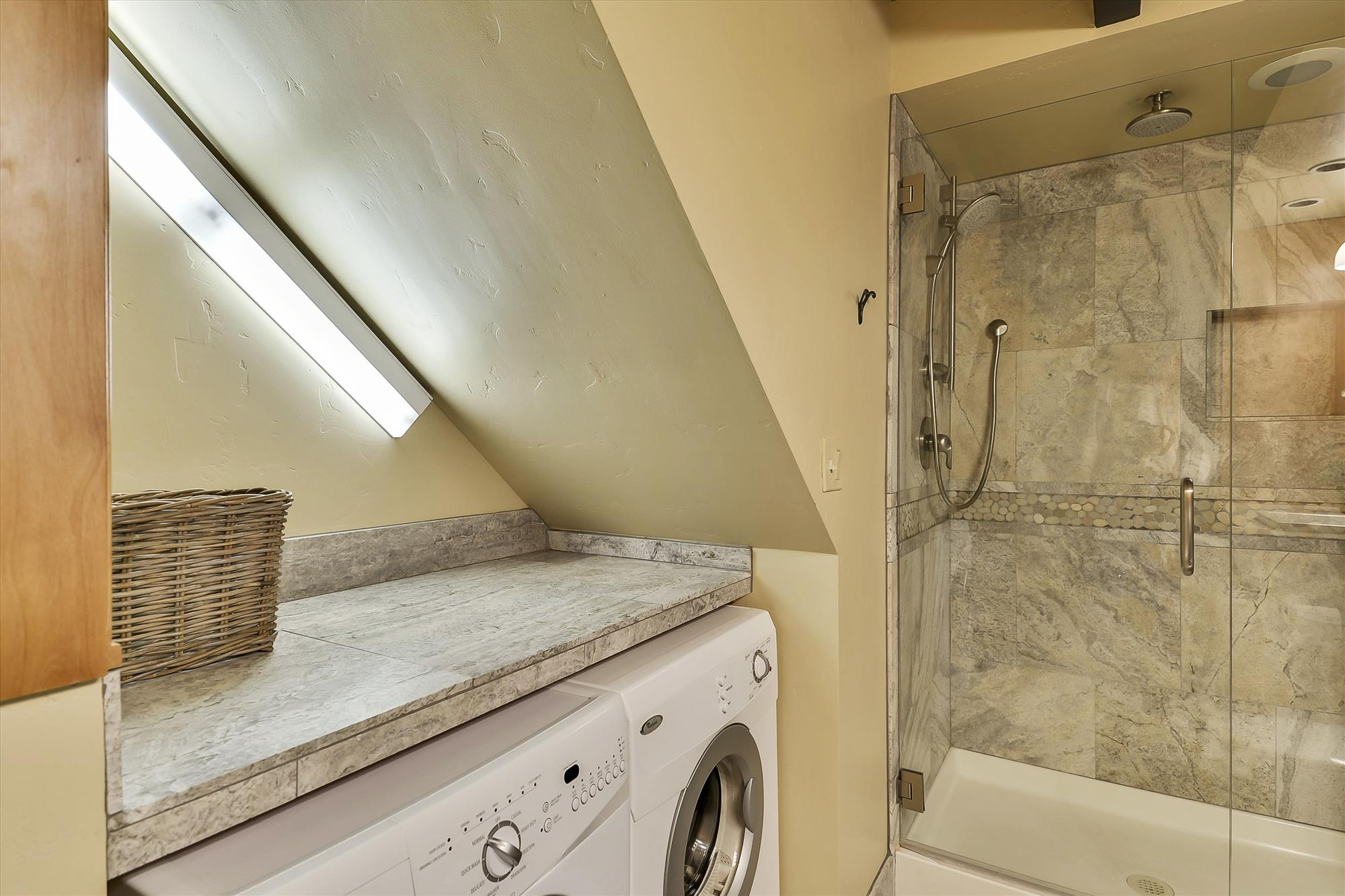 Lower/Entry Level,Washer Dryer,