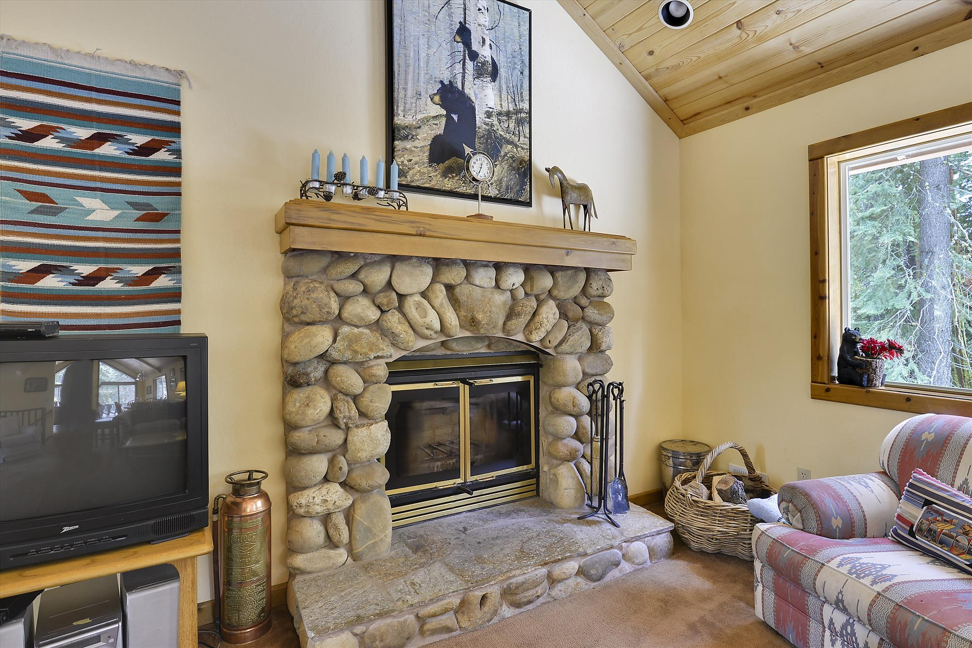 Main Level,Fireplace,