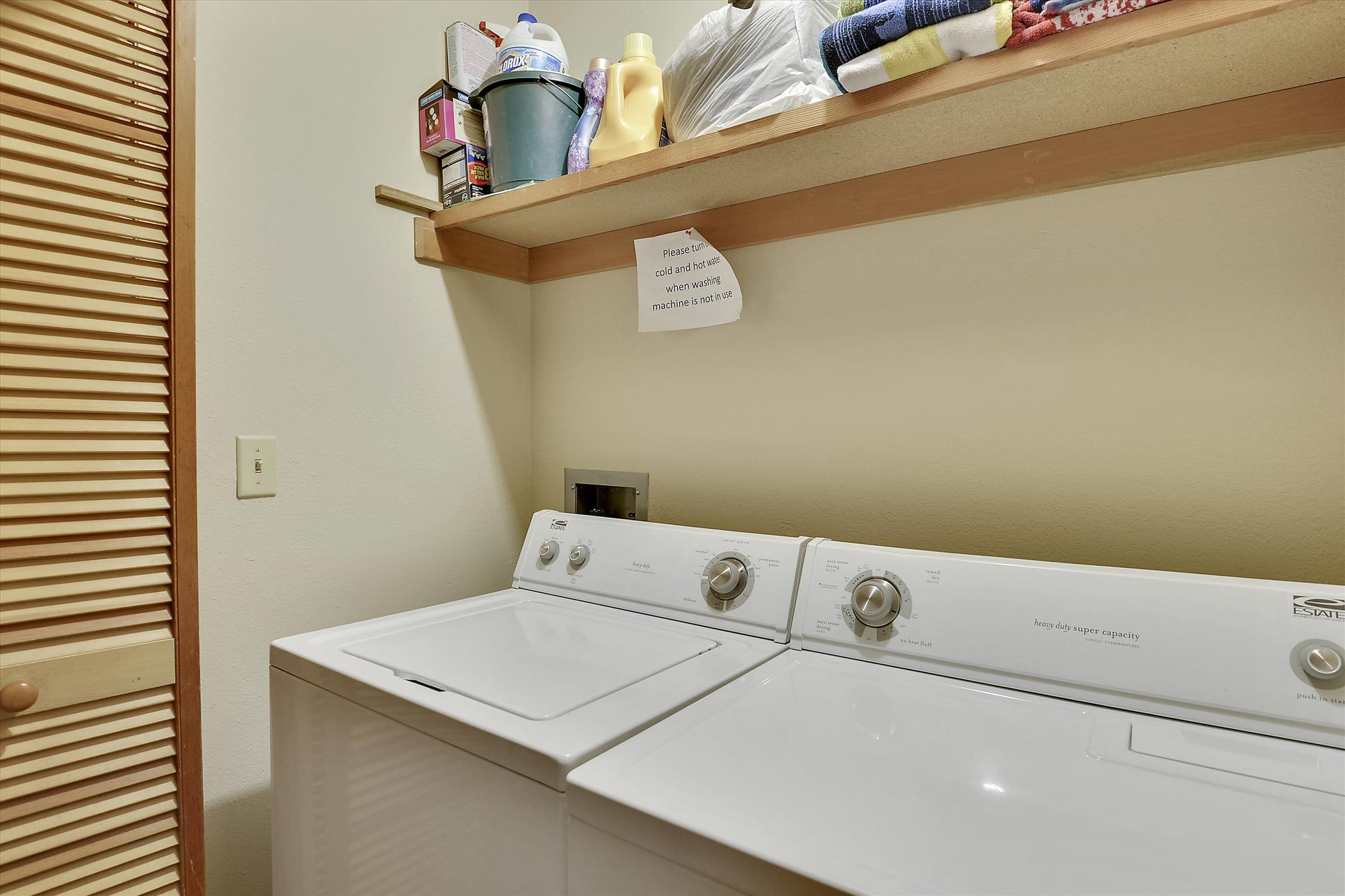 Lower Level,Washer Dryer,