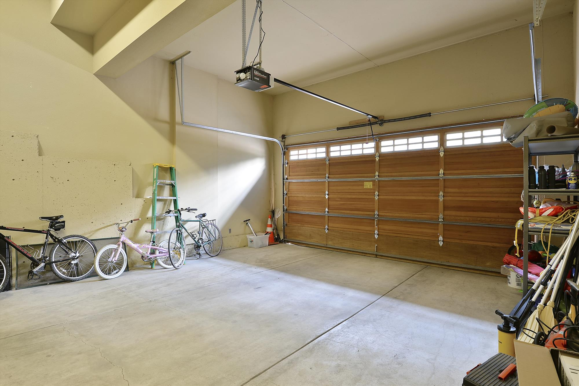 Lower Level,Garage,