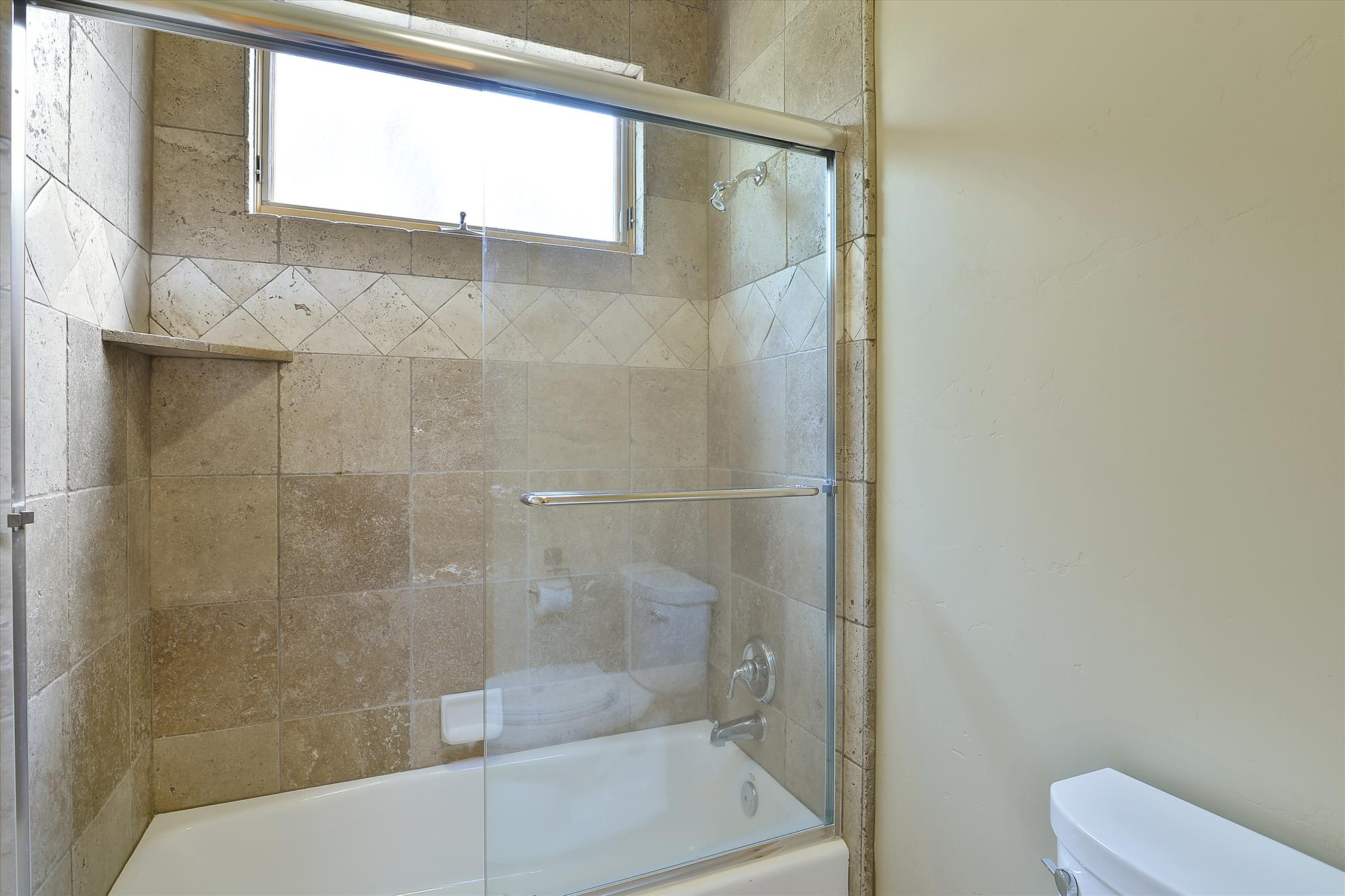 Main Level,Master Bath,