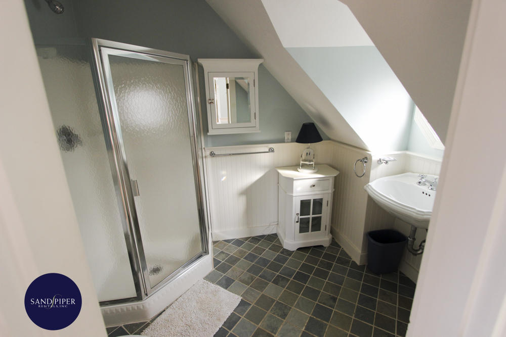 Detached Suite Bathroom