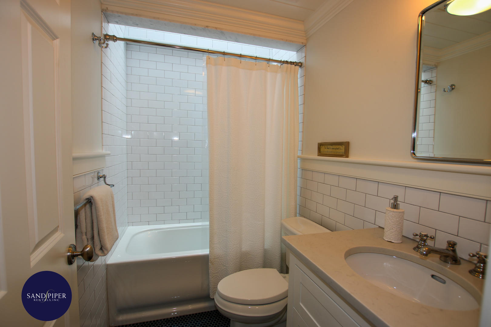 Hall bathroom of tub and shower by BR4