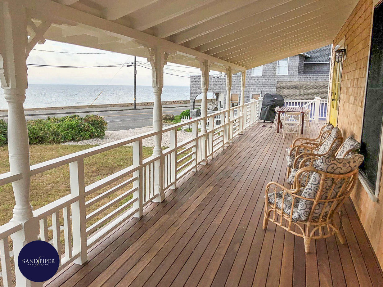 Gorgeous, Newly Renovated Home with Waterviews and Wrap Around Porch