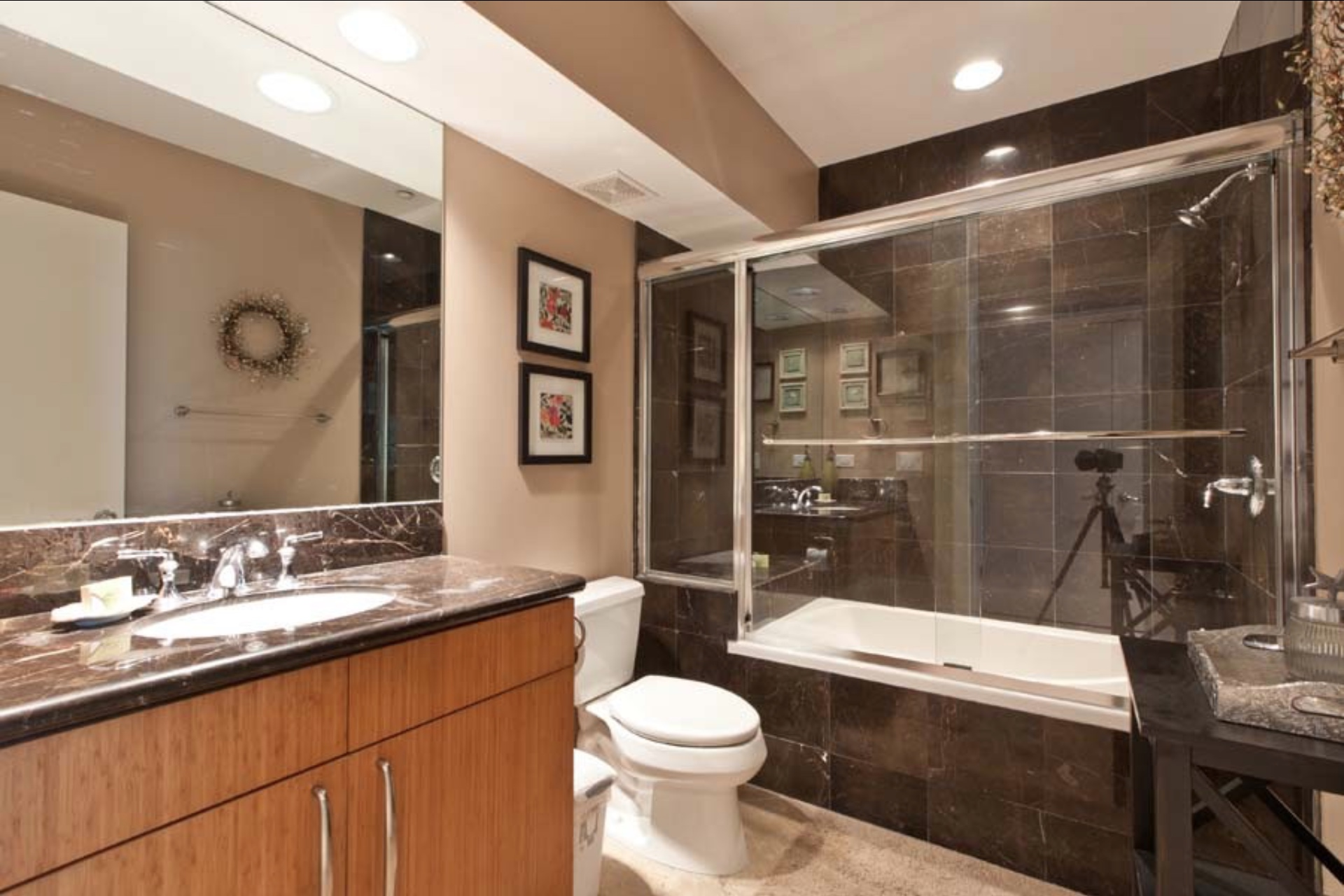 Guest bathroom on the first floor.