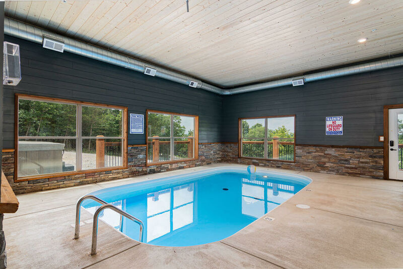 Staycation Lodge Huge 12 Bedroom Vacation Lodge Rental With Indoor Pool Branson Missouri Sleeps 50 134871 Find Rentals