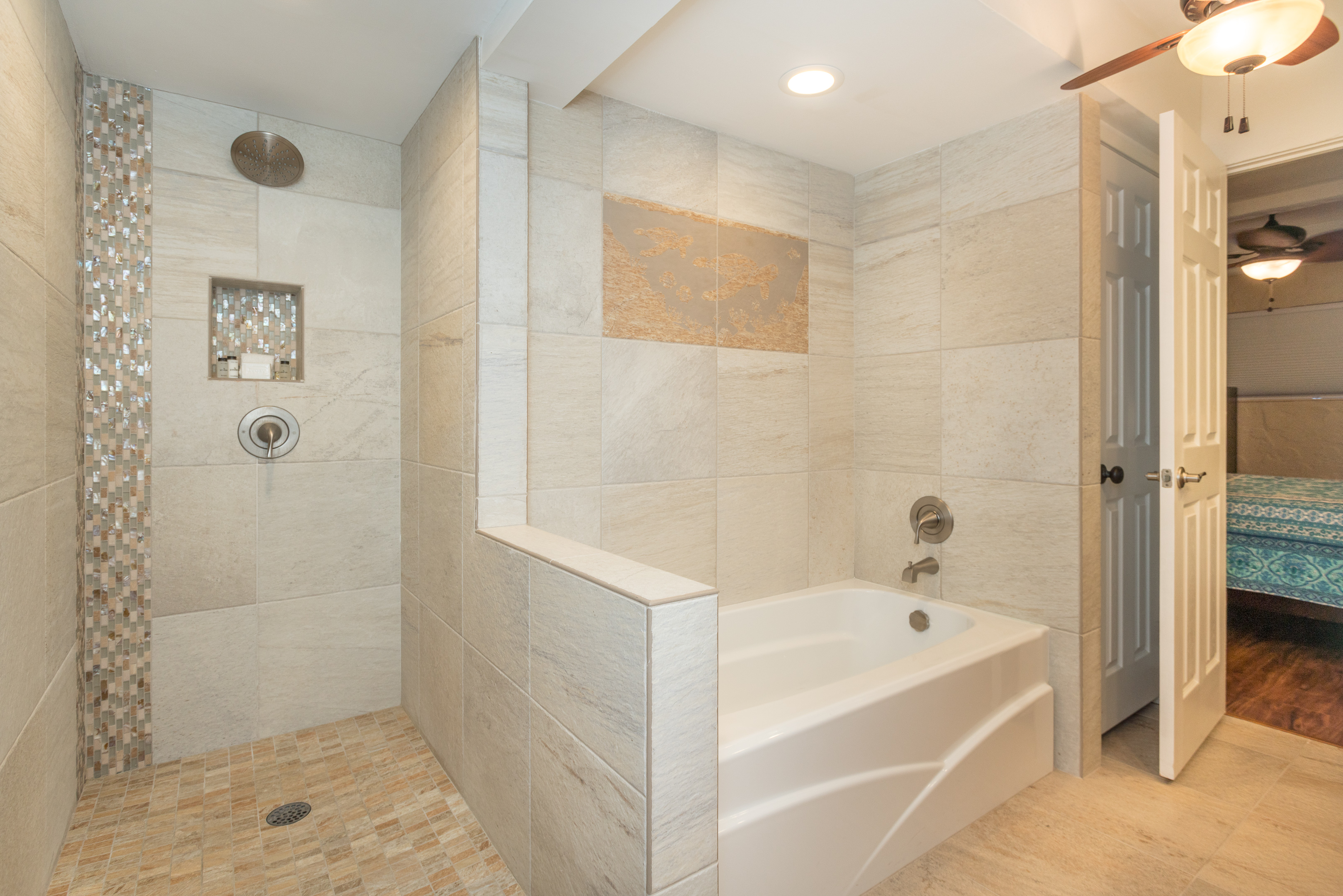 Walk in shower and soaking tub in your ensuite.