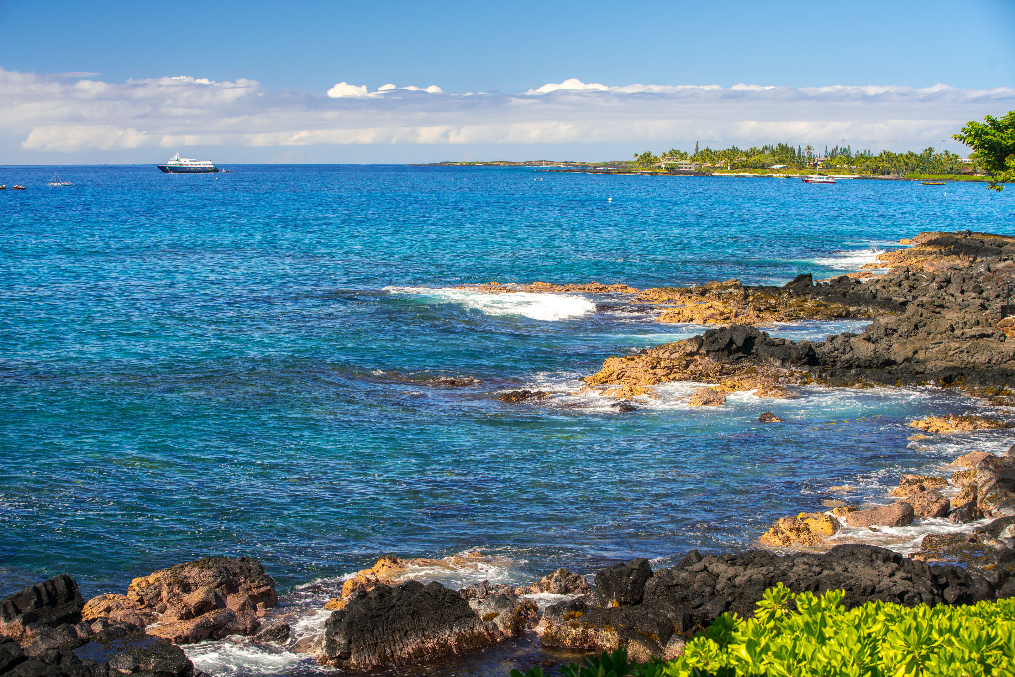 Views of the cost can be seen to the north of your lanai.