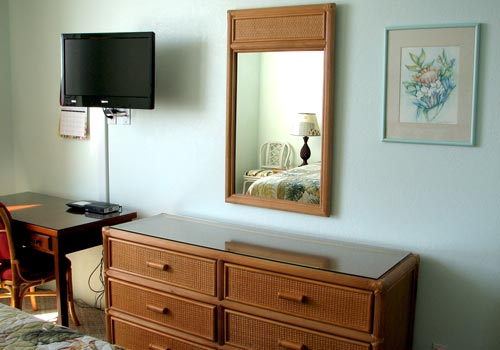 Cable TV, desk and plenty of storage in your private master bedroom