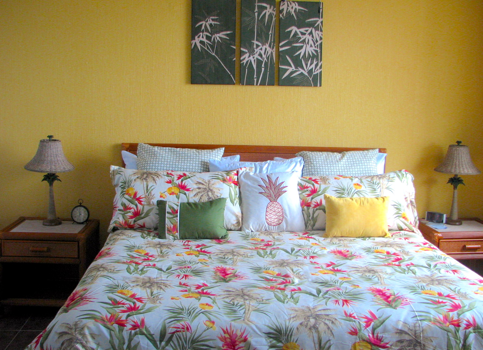 New King bed in oceanfront bedroom; let the waves lull you to sleep.