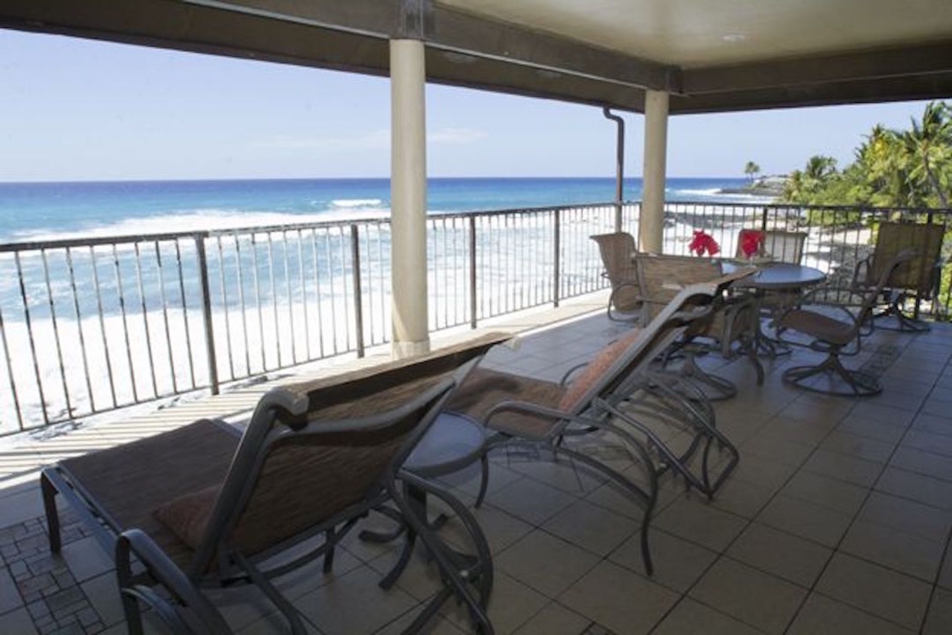 Top floor corner condo with over 300 square feet of tiled lanai living.