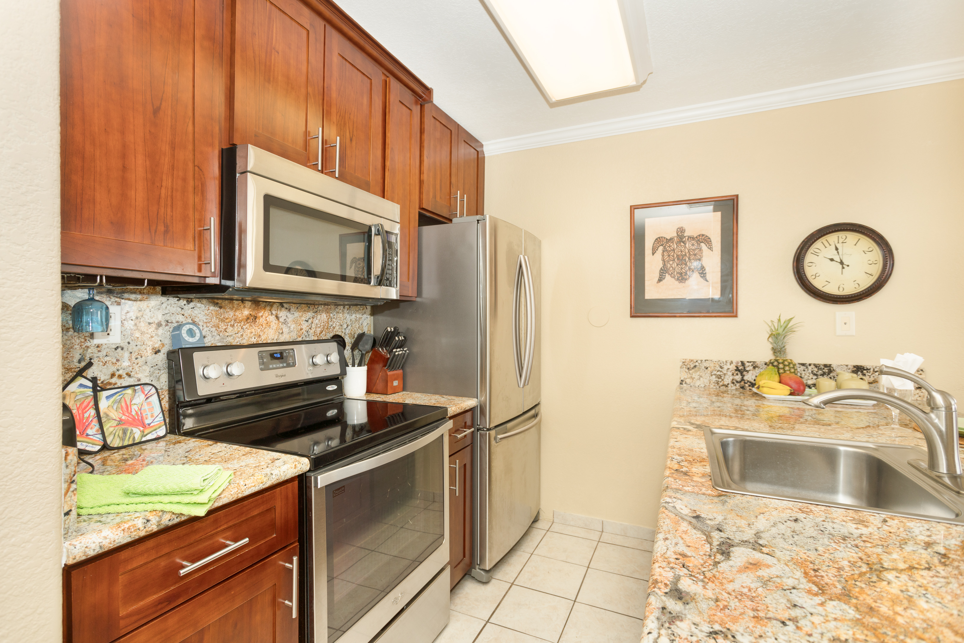 Remodeled full sized kitchen with amazing view for the chef.