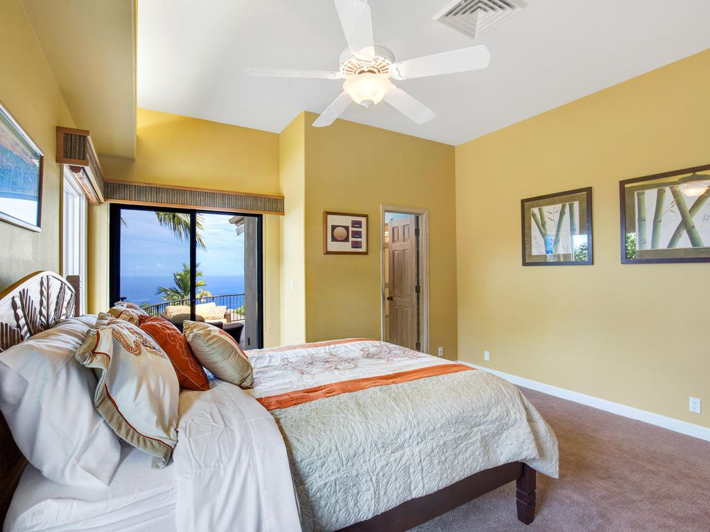 Lovely view out to the ocean when you wake up.