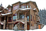 Winter Park 4 bedroom vacation rental in base camp just steps to the slopes and village