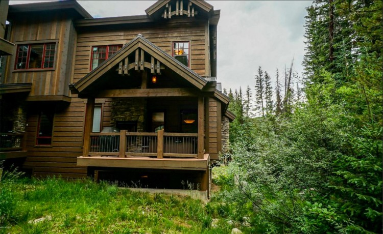 Winter Park vacation rental with 4 bedrooms in secluded setting close to everything