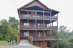 Eagles Landing Lodge - Sevierville Tennessee - Exterior - Mountain Time Cabin Rentals