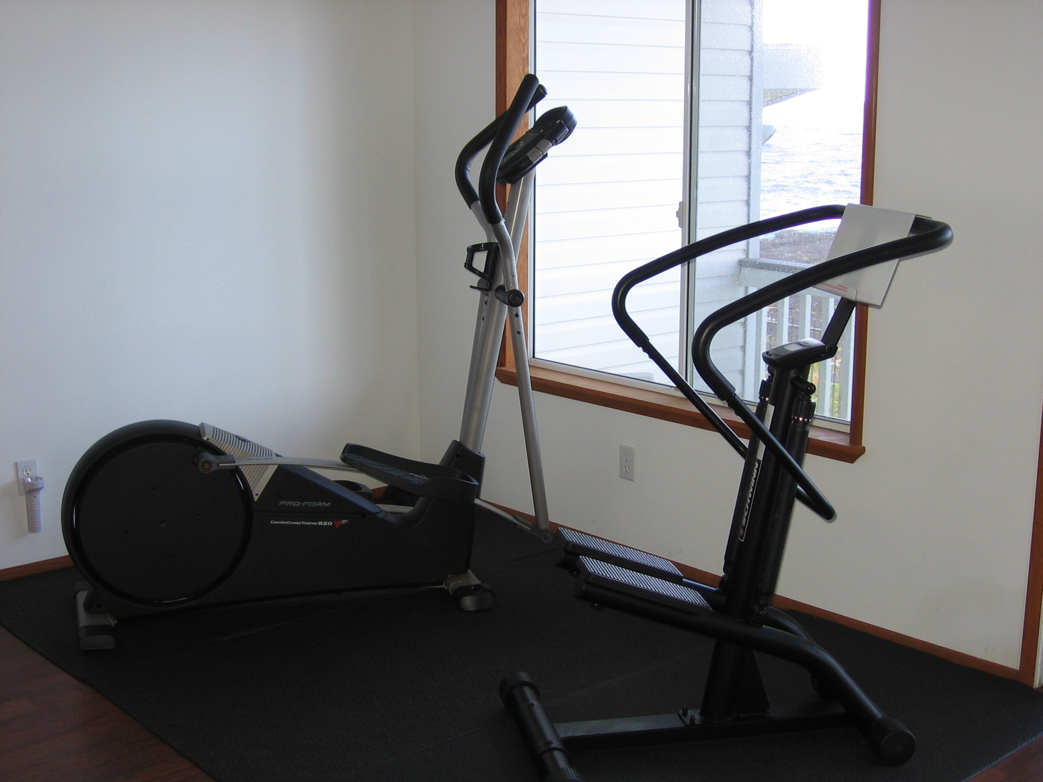 Aerobics equipments and free weights