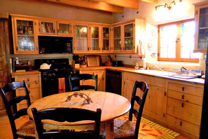 hartville country kitchen celia historic taos adobe listed 10725 find rentals 1585