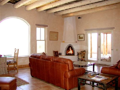 casa de los huesos 3 bedroom vacation house rental taos 10744 | taos house large gracious living room 4