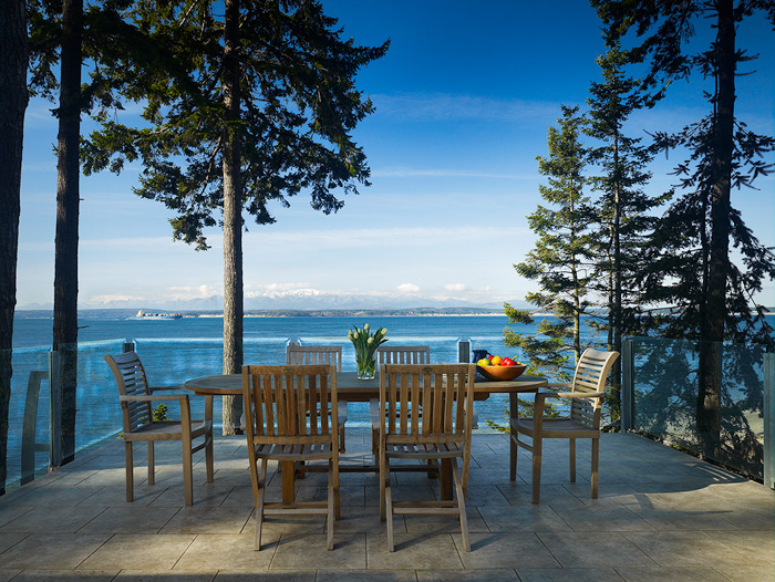 Dine al fresco on the deck-  thick glass railing allows unsp