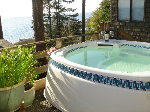 Luxurious Hotsprings hot tub