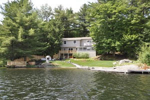 Private Setting and Great Waterfront