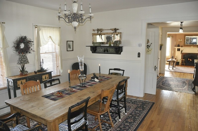 Beautifully Decorated and Appointed Interior