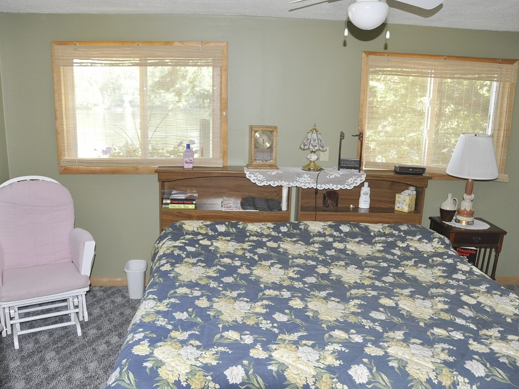 Master Bedroom Overlooking the Lake