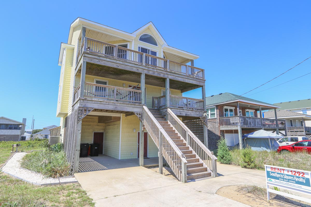 Oceanfront-Semi Outer Banks Vacation Rentals