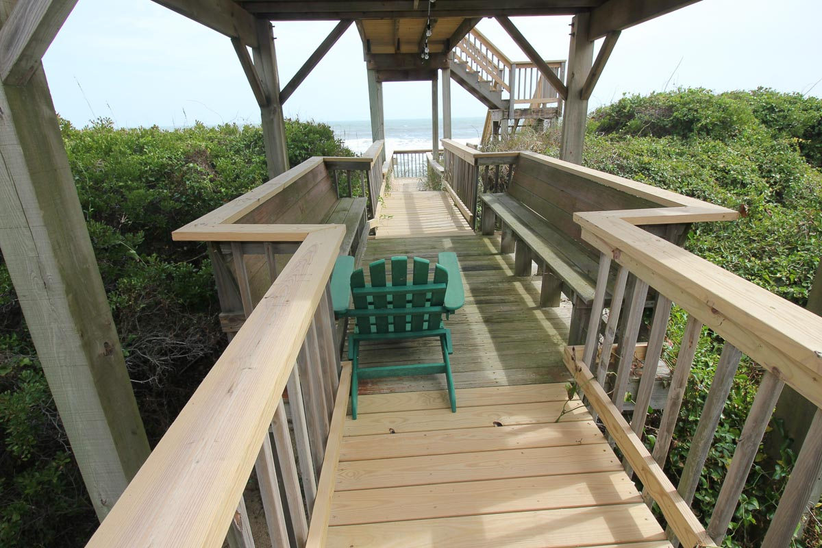 Private walkway 2015