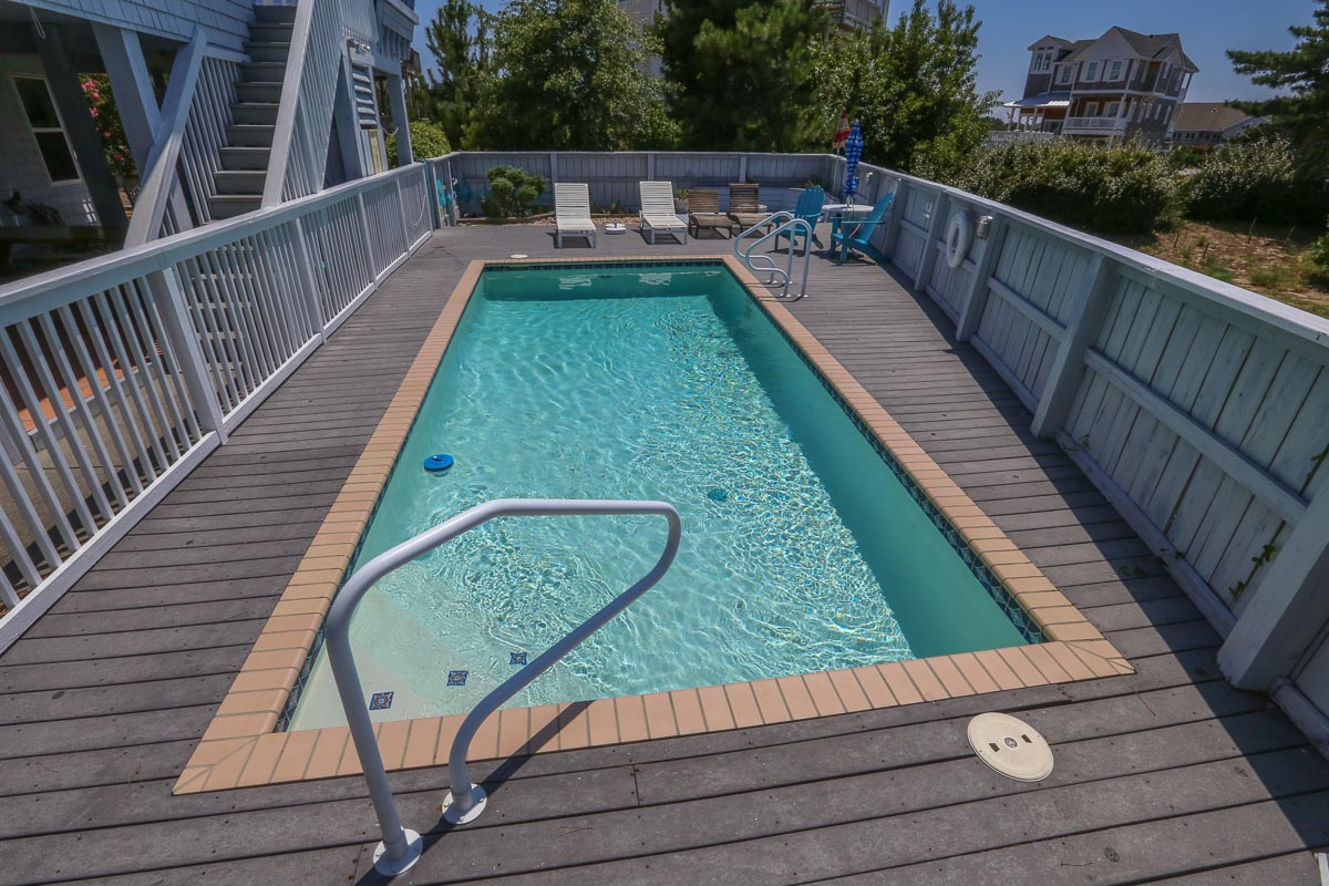 Private Pool 2019; sound side